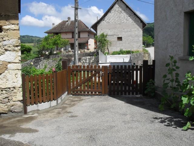 Chantier Ste Marie d'Alvey - clôtures bois / Les Jardins du Buis 73330 Le Pont-de-Beauvoisin