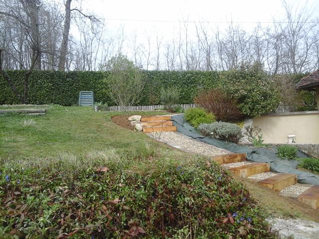 Chemin traverses chêne et pavés, Les Jardins du Buis, 73, 38, Pont de Beauvoisin