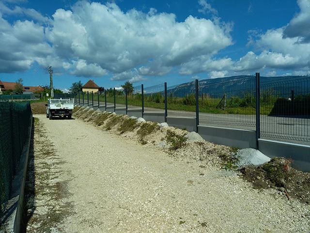 3 - Clôture et panneaux rigides à Domessin - Les Jardins du Buis paysagiste Savoie Isère